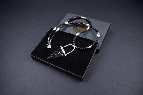 Obsidian Arrow Head Mid-Length Beaded Necklace